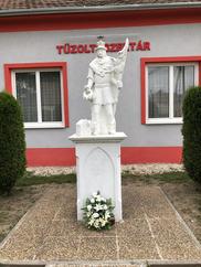 K2/189 Szil 3 szobrok és szakrális kiállítás