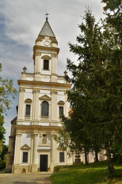 sopron-sopronbanfalva-mennynek-kiralynoje-templom1.jpg