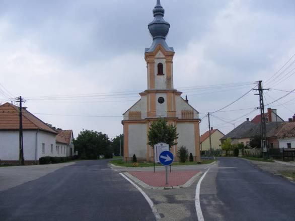 tapszentmiklos-reformatus-templom2.jpg