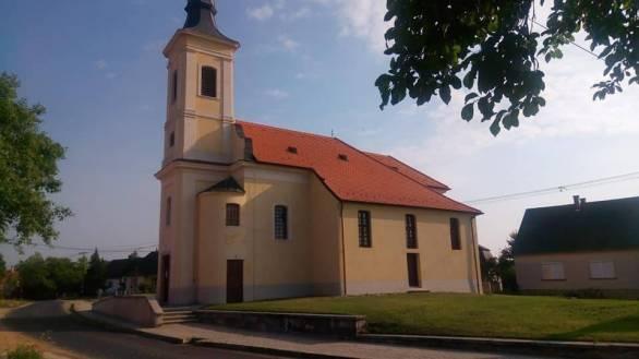 tapszentmiklos-romai-katolikus-templom1.jpg